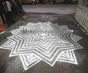 Rangoli: friday kolam