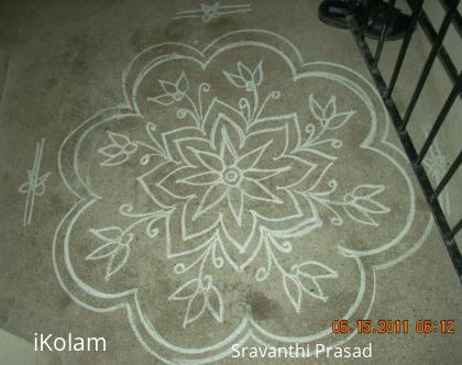 Rangoli: Freehand Kolam