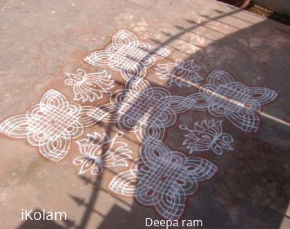 Rangoli: Fusion type rangoli with Red colours