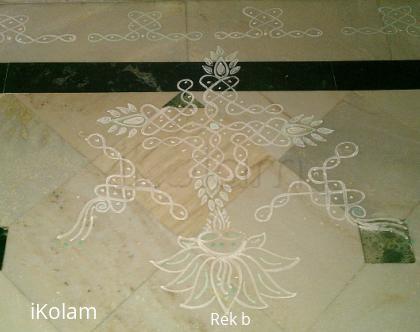 Rangoli: Wednesday Kolam