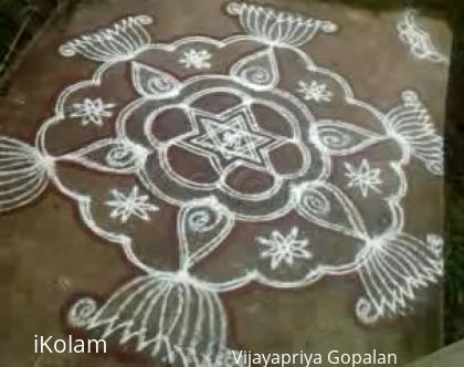 Rangoli: Kolam on kanda Shashti Day