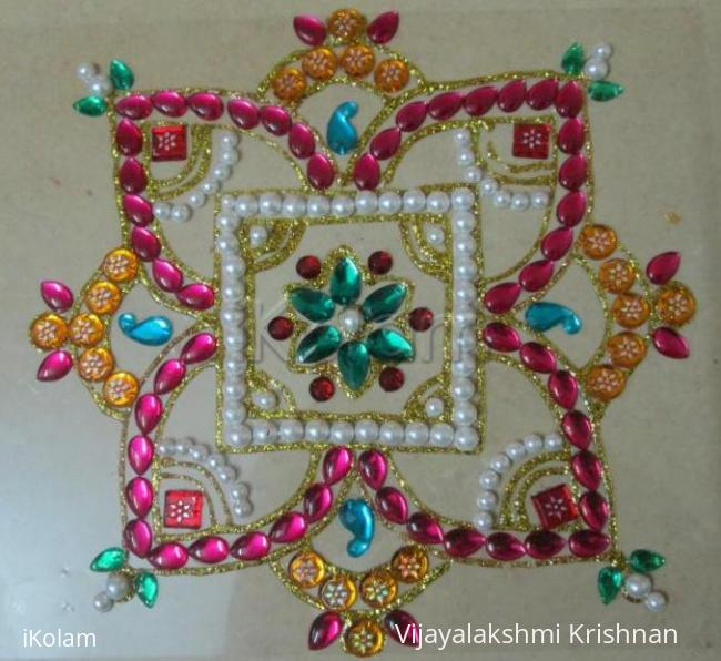 Rangoli: Beads and kundan rangoli