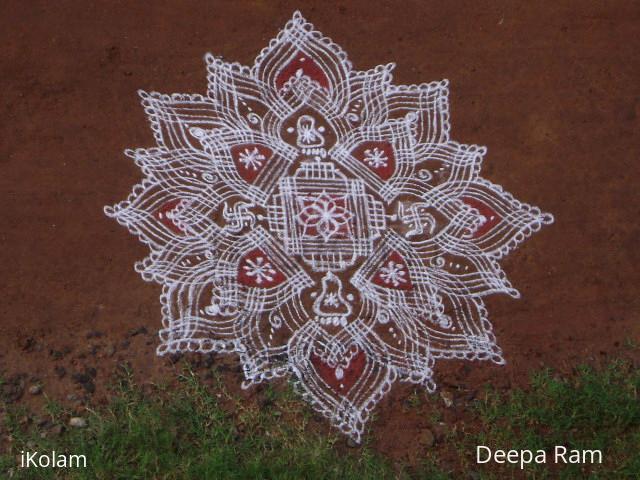 Rangoli:   Navarathri mud floor kolam for Judy mam