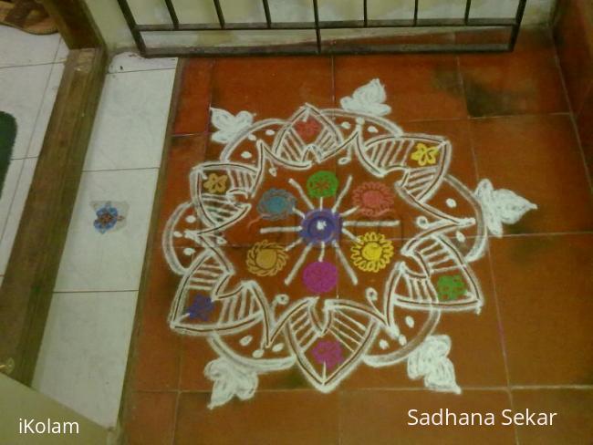 Rangoli: Fusion rangoli for mattu pongal