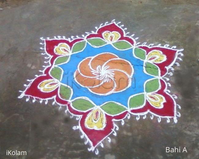 Rangoli: Bright margazhi kolam