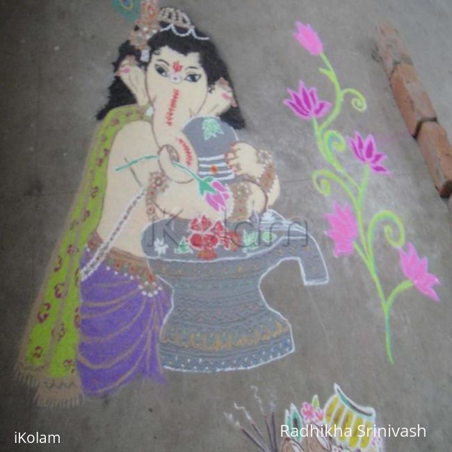 Rangoli: vinayagar & lingam in rangoli