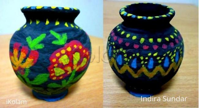 Rangoli: Black pot