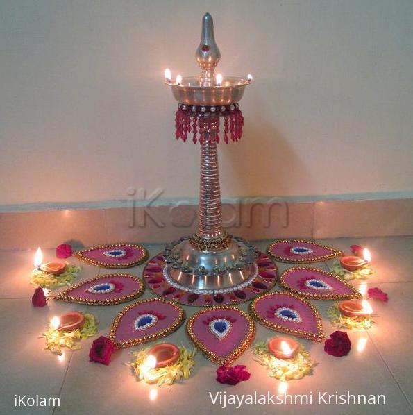 Rangoli: moveable rangoli with kuthu villakku