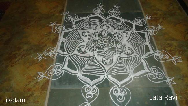 Rangoli: navrathri mav-kolam