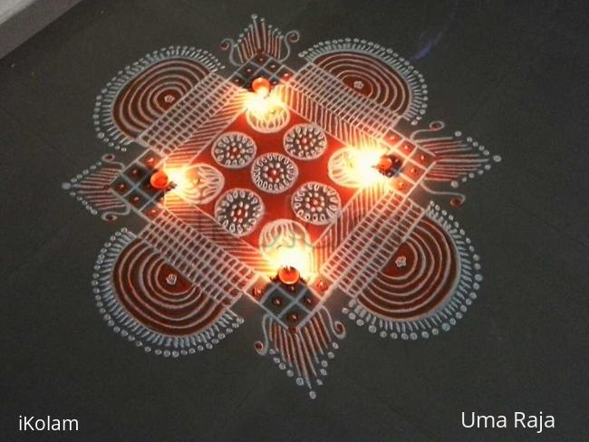 Rangoli: Tuesday padikolam