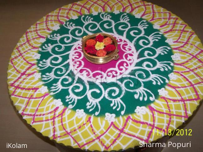 Rangoli: Rangoli on Diwali