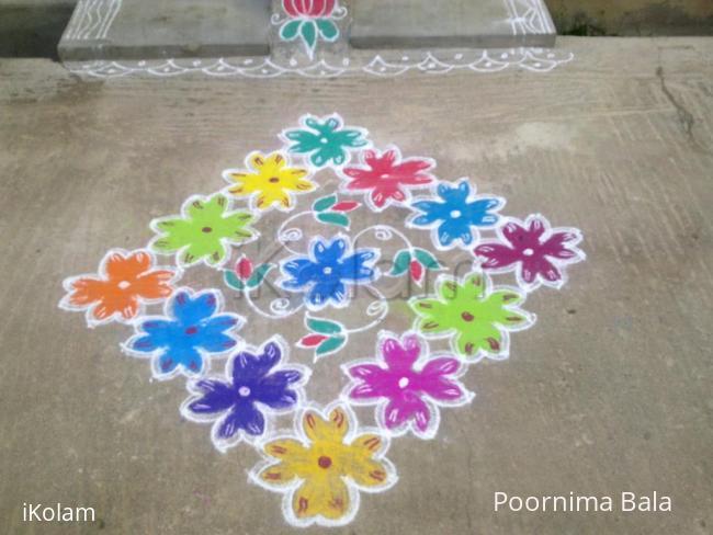 Rangoli: Friday Flower kolam