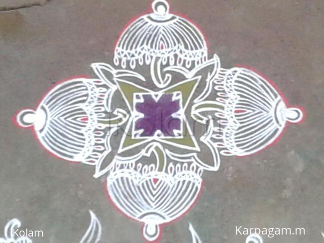 Rangoli: umbrella padi kolam