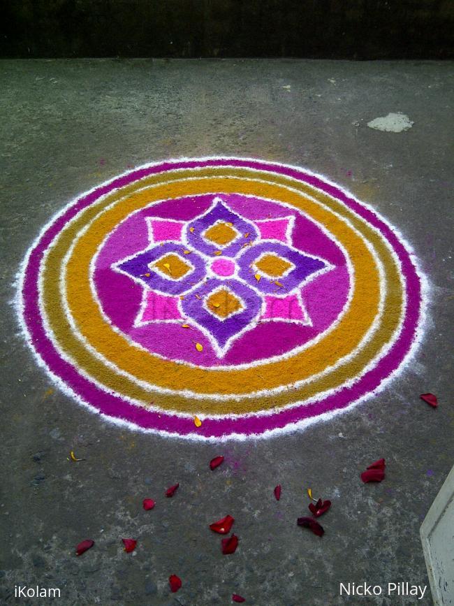 Rangoli: Varalakshmi kolam 2014