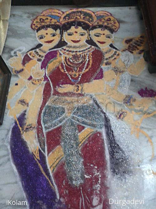 Rangoli: Goddesses rangoli for Navratri Golu