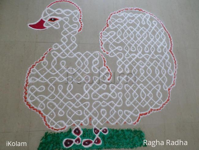 Rangoli: Chikku Swan kolam