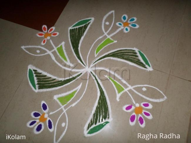 Rangoli: SMALL BOUQUET