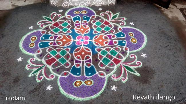 Rangoli: Rev's new type chikku kolam 2.