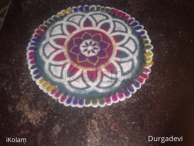 Rangoli: dd trace and finger design
