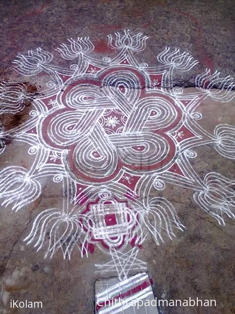 Rangoli: Rangoli padi kolam