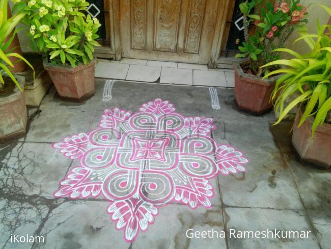 Rangoli: Tuesday kolam!