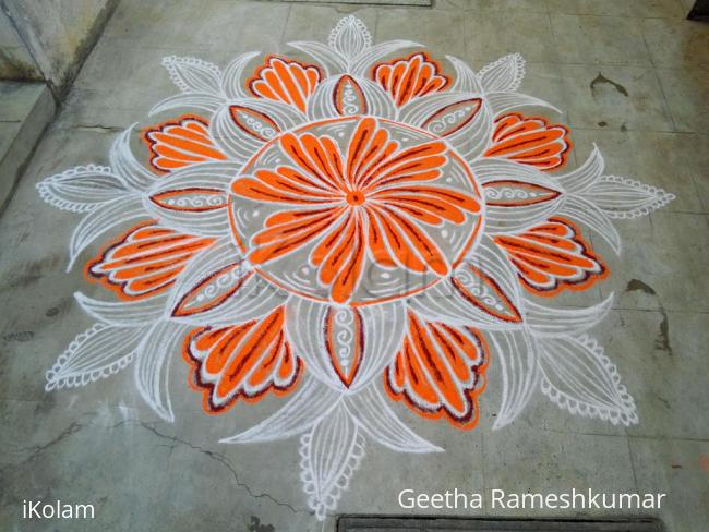 Rangoli: Thursday  kolam!!