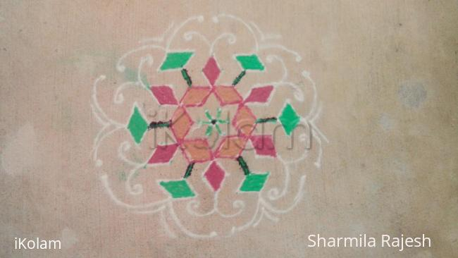 Rangoli: Simple 5-9-5 interlaced