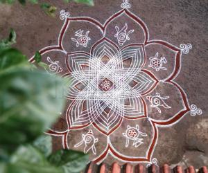 Rangoli: Vaikunta Ekadhasi kolam