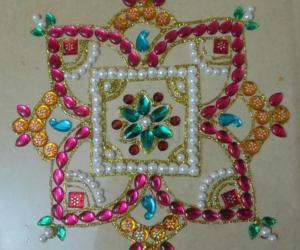Rangoli: Beads and kundan rangoli