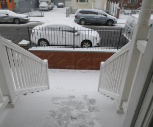 SNOW FALLING...