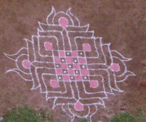 Rangoli: chess board kolam