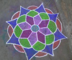 Rangoli: Margazhi flower1