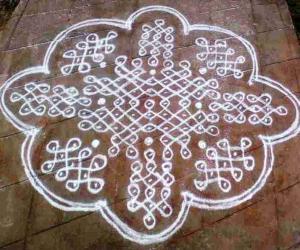 rangoli with dots
