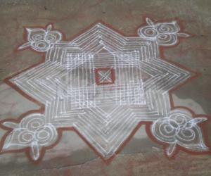 Rangoli: shastikolam
