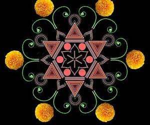 Rangoli: hexagonal paDikOlam