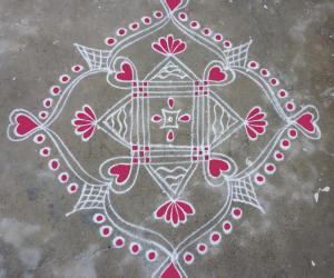 Rangoli: Podi kolam