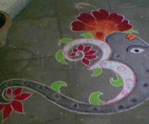 Rangoli: Om-rangoli-Margazhi Dew Drops Rangoli Contest - 2010