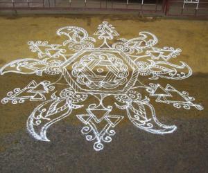 Mehandi Design Kolam