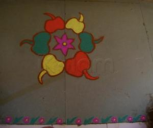Rangoli: Colorful bell peppers for the garden