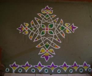 Rangoli: Seventh Day of Navrathri Maakolam
