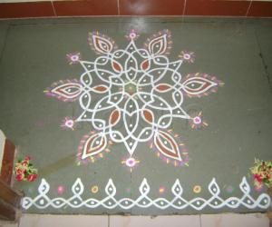 Rangoli: Ninth Day of Navrathri Maakolam