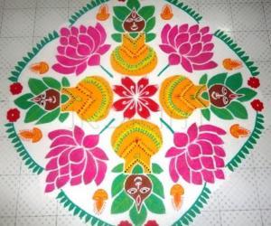 Varamahalakshmi Rangoli (dotted)