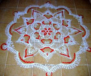 Freehand  white kolam