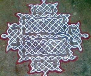 Rangoli: Sikku Kolam - 37