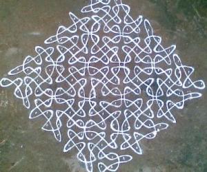 Rangoli: Sikku Kolam - 45