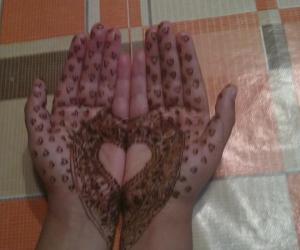 Hennah painting
