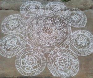 Rangoli: lines and circles