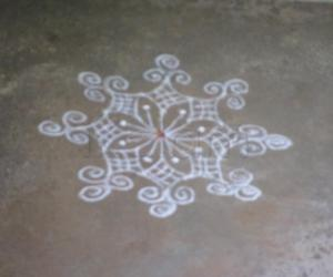 simple daily kolam