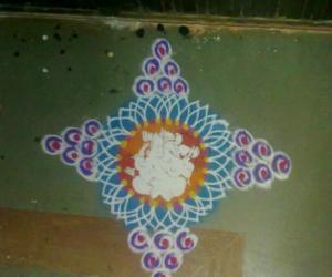 Rangoli: Simple design with ganapathi stencil