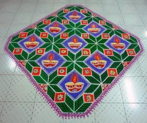 Rangoli: Multi coloured margazhi lace (dotted)